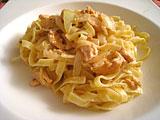 Photo de la recette Tagliatelles au saumon et au vin blanc