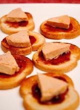 Photo de la recette Toasts de foie gras au chutney de prune (recette de Noël)